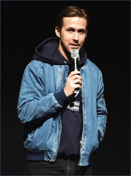 Ryan Gosling nos muestra como lucir trendy al máximo con una bomber jacket de Forever 21