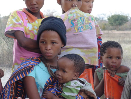 1280px Namibian Bushmen Girls