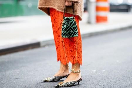 Las tobilleras han vuelto a nuestras vidas: el street style lo dice y estas nueve joyas low-cost lo confirman