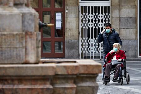 ¿Por qué Italia y España? Una explicación a la pandemia desde la demografía y el peso de la familia