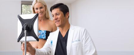 La realidad aumentada ayuda a las mujeres a experimentar los senos deseados antes de una cirugía de aumento