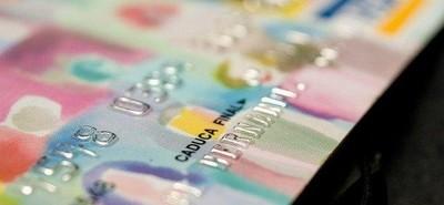 Las comisiones de las tarjetas de crédito serán como máximo de un 0,3 %