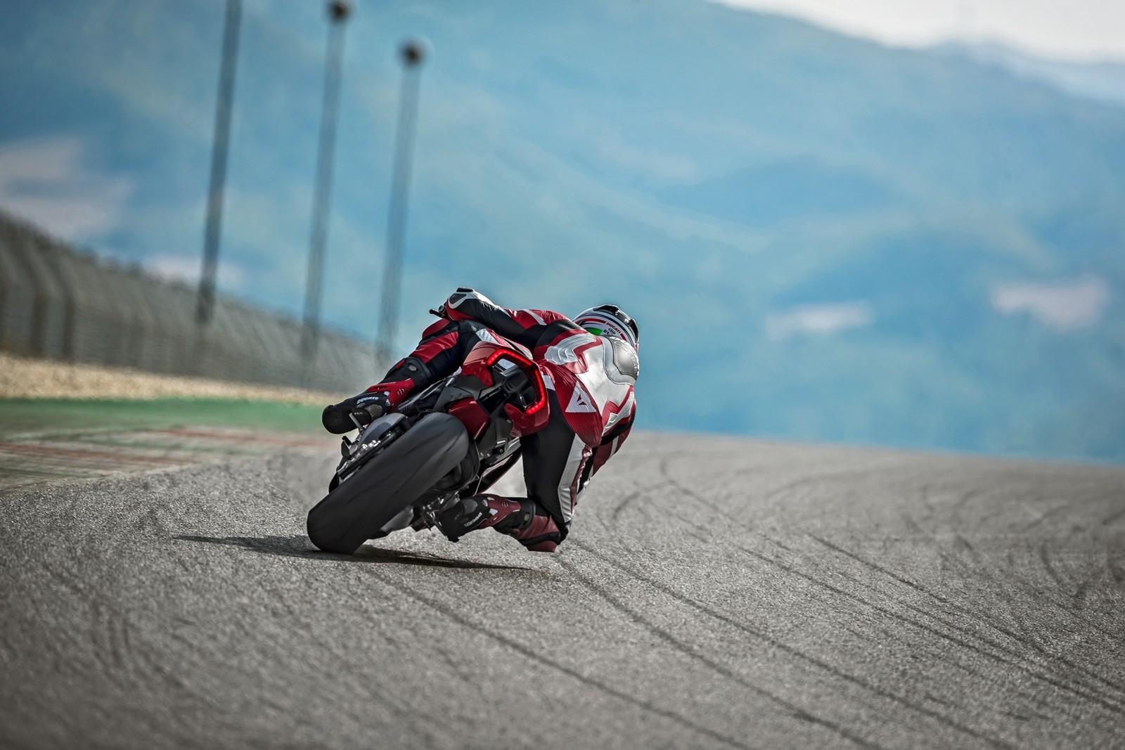Foto de Ducati Panigale V4 2018 (37/52)