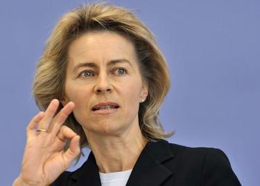 La ministra de Defensa alemana se niega a usar velo en su visita a Arabia Saudí