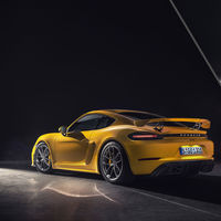 Así son los Porsche 718 Cayman GT4 y 718 Spyder: motor bóxer atmosférico, cambio manual y 420 CV