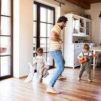 El ejercicio físico es uno de los mejores escudos para evitar la osteoporosis, especialmente en mujeres, pero también en hombres