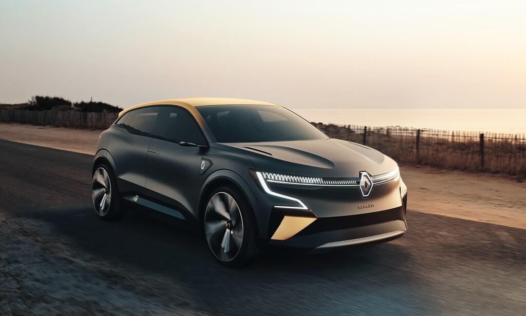 Renault Mégane eVision deja visualizar el futuro eléctrico del fabricante francés con su plataforma eléctrica CMF-EV