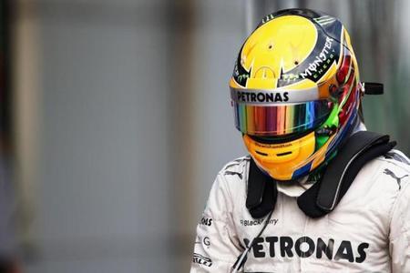 Lewis Hamilton no cambiará los colores de su casco