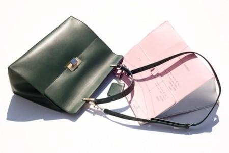 Alexander Wang presenta su primer bolso para Balenciaga