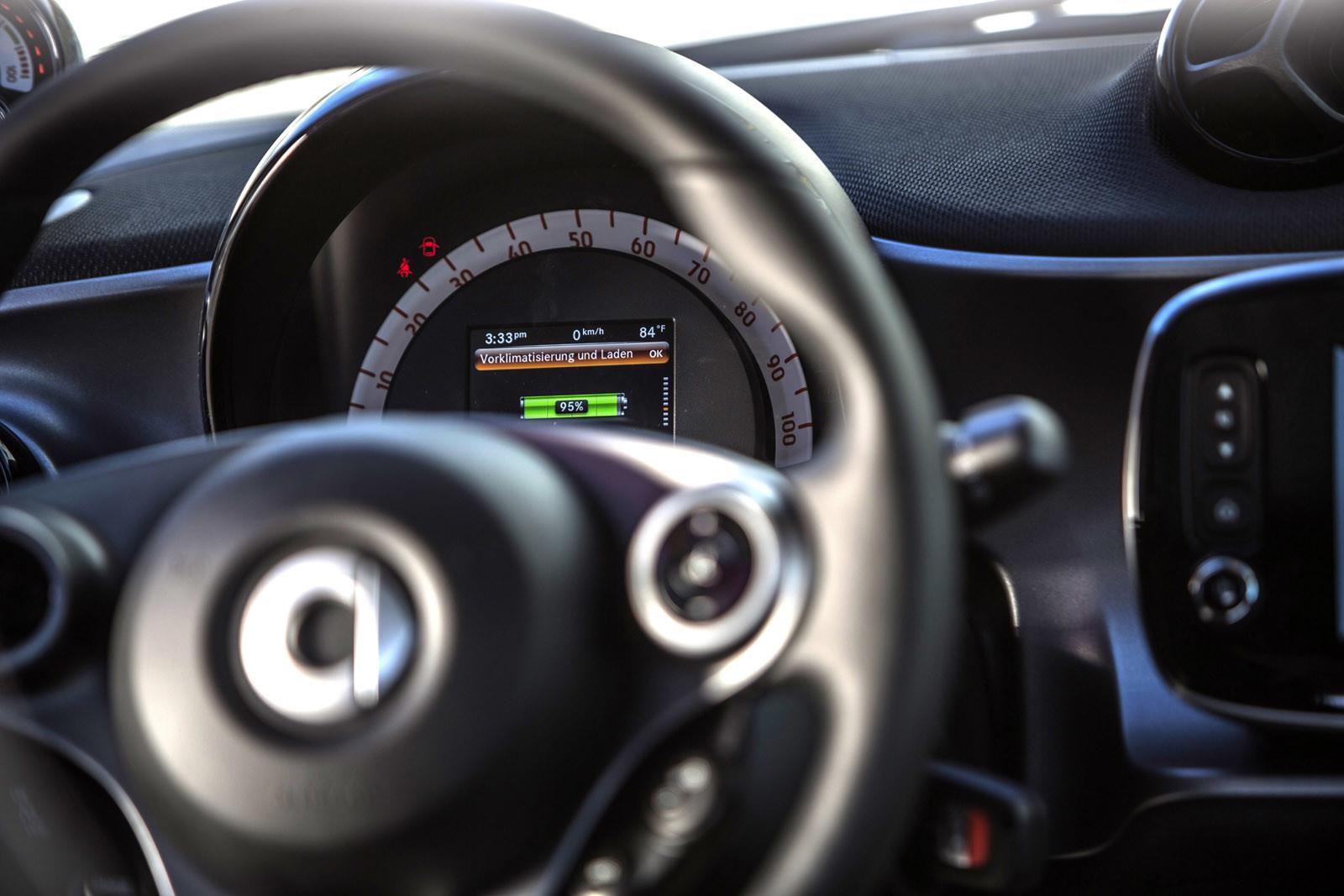 Foto de smart fortwo Electric Drive, toma de contacto (268/313)