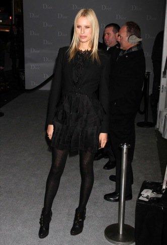 Karolina Kurkova boutique de Christian Dior