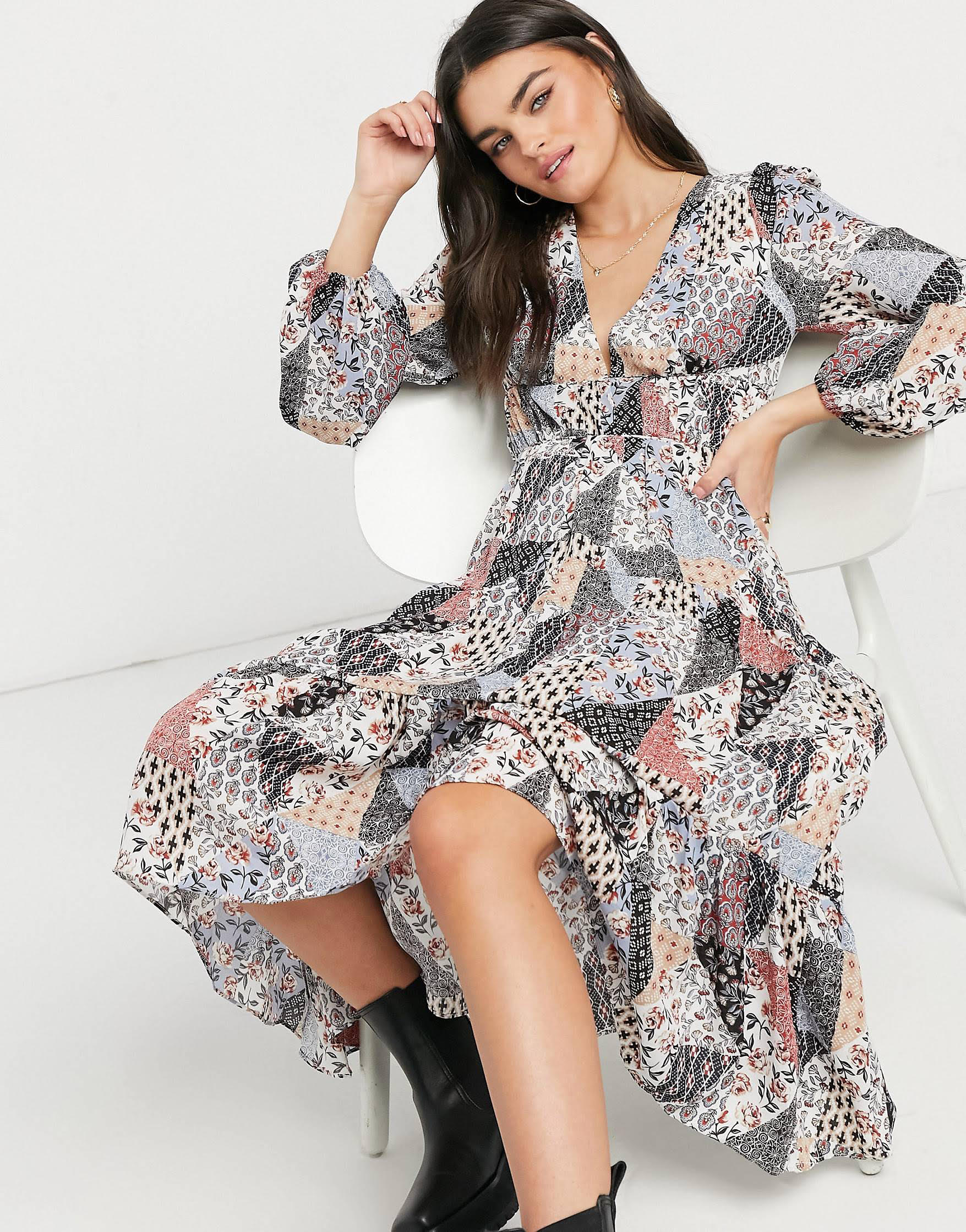 Vestido midi amplio con estampado patchwork