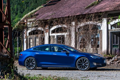 Probamos el Tesla Model S 100D, el coche eléctrico que soñaba con ser un deportivo