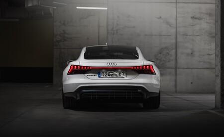 Audi e-tron GT trasera