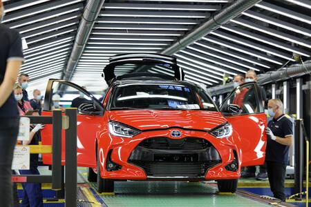 Así es el proceso de fabricación de un vehículo japonés