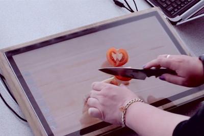 Chop-Syc, la tablet que es una tabla de cortar