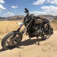 Triumph Scrambler Desert Sled de Modulus Creative: la moto que Mad Max robaría en el desierto