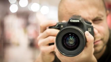 11 páginas web donde ganar dinero con tus fotos