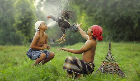 Niños indonesios