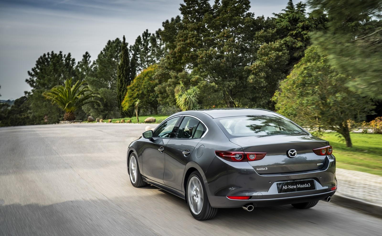 Foto de Mazda3 2019 Sedán (8/40)