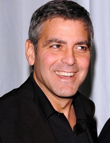 George Clooney primer plano