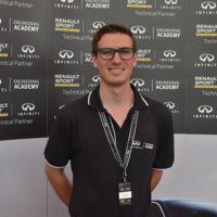 De la mano de Infiniti, un estudiante mexicano se va a trabajar a la Fórmula 1 en Europa