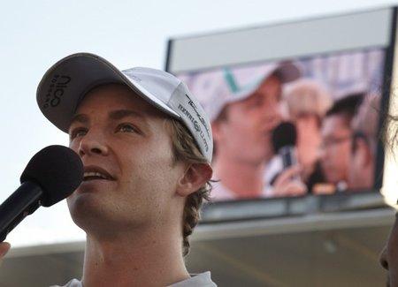 Nico Rosberg podría tirarle los tejos a Ferrari