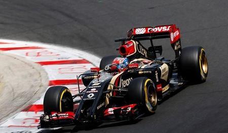 Lotus deberá pagar los motores Mercedes a finales de 2014