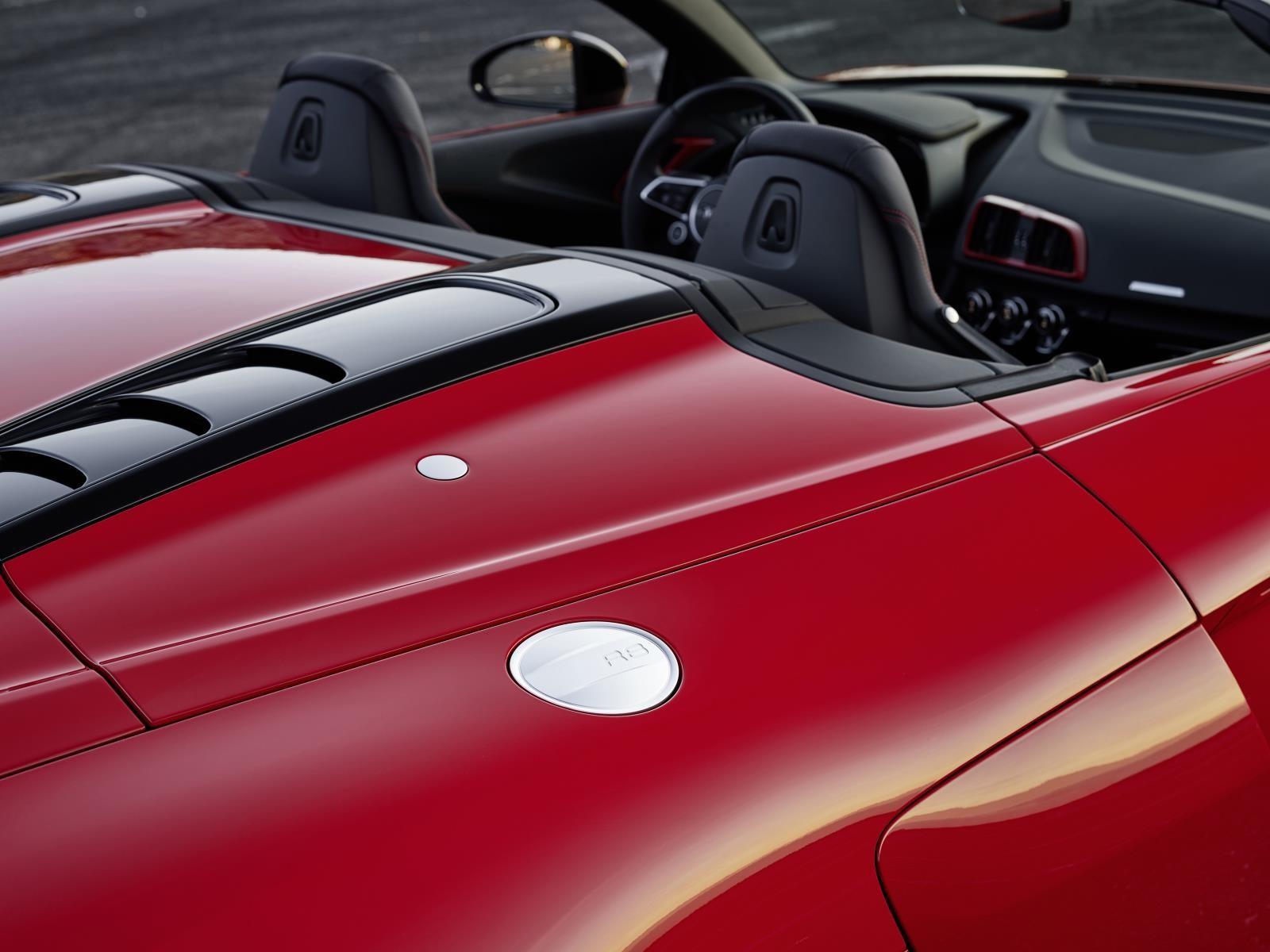 Foto de Audi R8 V10 RWS (3/12)