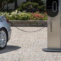 Con los puntos de recarga para el coche eléctrico también hay un riesgo de ciberseguridad, al estilo de los puertos USB públicos