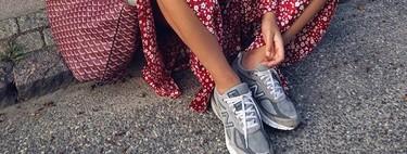 Las deportivas grises se han convertido en las favoritas: 13 modelos que sustituirán a tus sneakers blancas