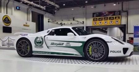Dubai Police Porsche 918 Spyder