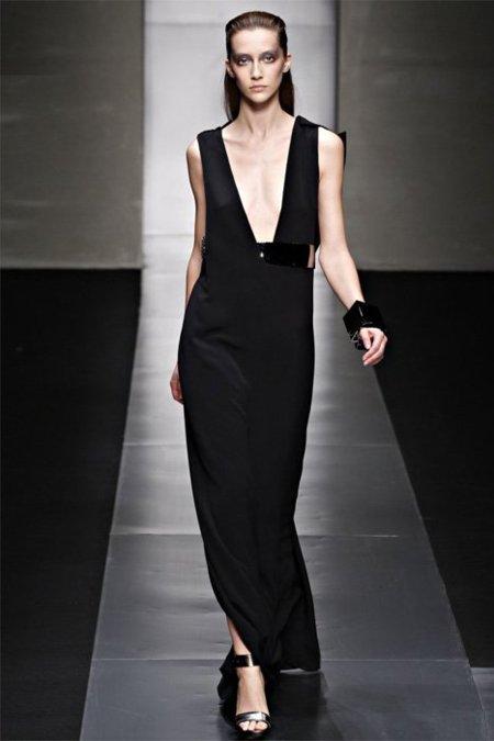 Vestido negro Gianfranco Ferrè Primavera-Verano 2012