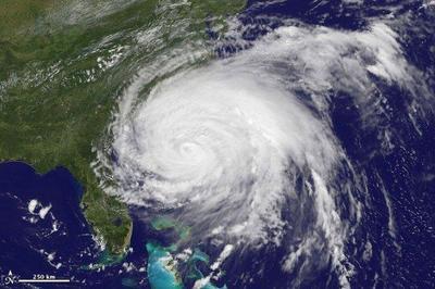 Herramientas para seguir y prepararse para el Huracán Irene