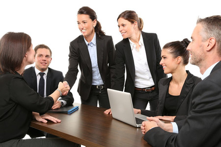 Curriculum ciego, ¿solución para evitar prejucios al contratar mujeres?