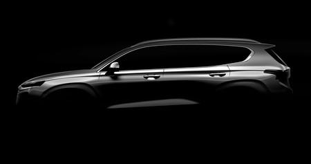 El Hyundai Santa Fe 2018 se deja ver tímidamente antes de Ginebra y promete mucha más tecnología