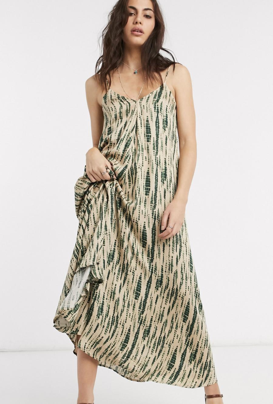 Vestido largo de tirantes con lazada trasera y estampado difuminado de Object