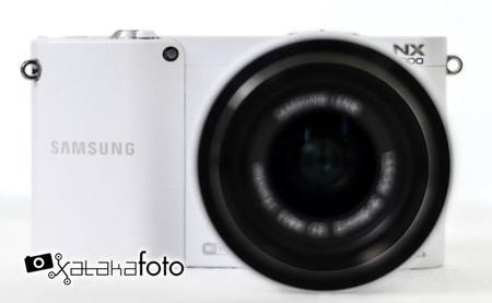 Samsung NX1000 - vista frontal
