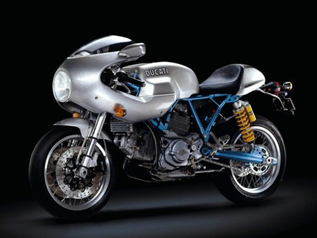 Ducati Scrambler Cafe Racer3