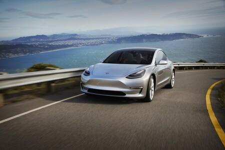 El coche eléctrico más barato de Tesla podría ser un Model 3 compacto 'made in' Alemania que promete llegar en 2023