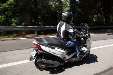 Kymco Grand Dink 2016 Test 022