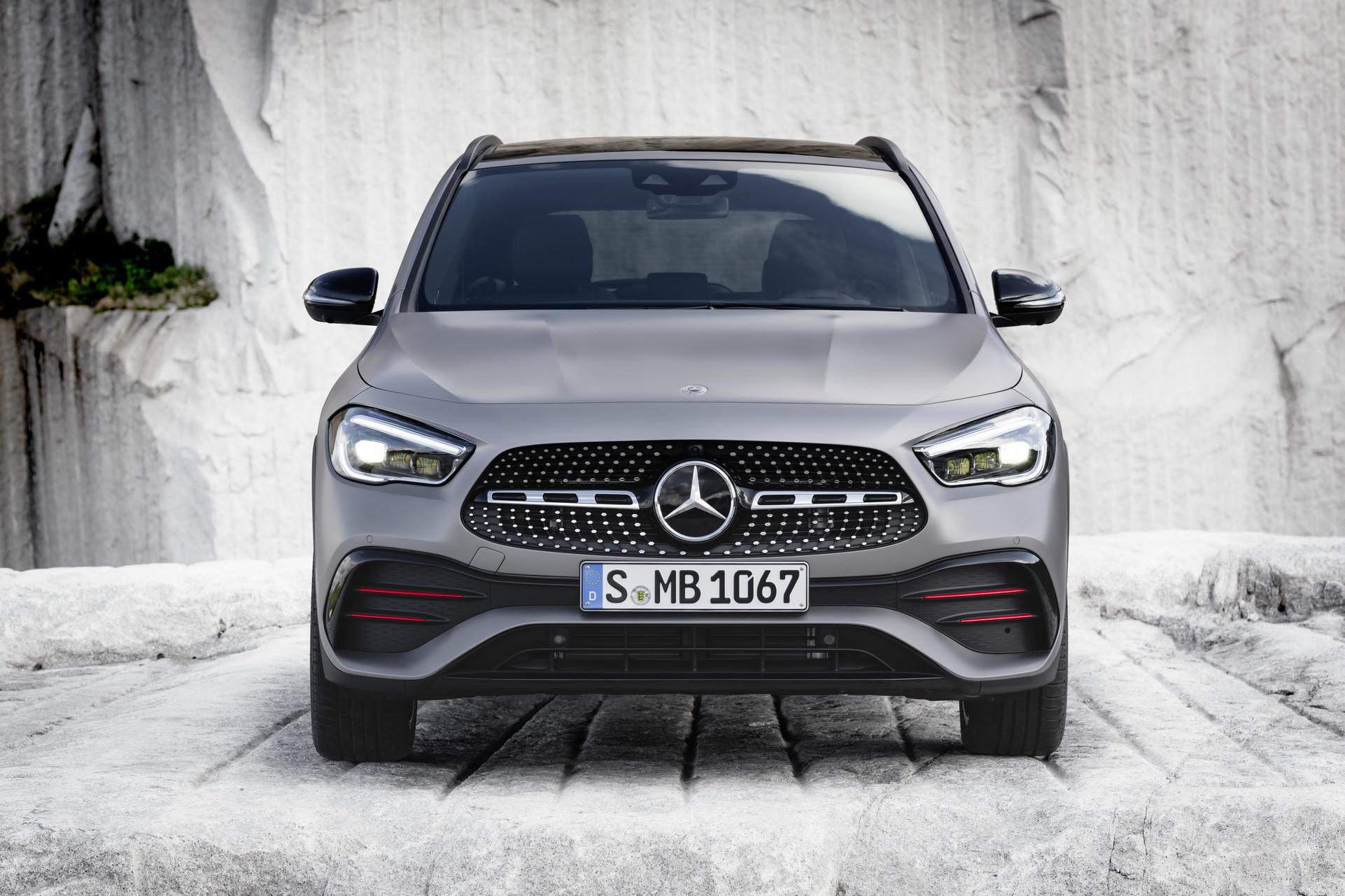 Foto de Mercedes-Benz GLA 2021 (57/103)