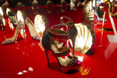 Christian Louboutin exposición Londres