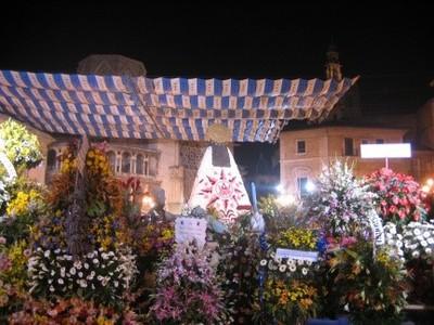 Valencia en Fallas: la Ofrenda a la Virgen