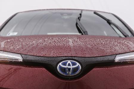 Toyota se suma a las amenazas de la industria ante un Brexit duro: dejará el mercado británico en 2023