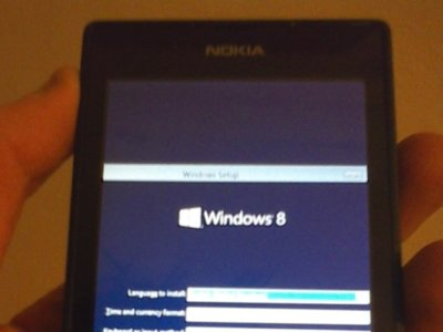 Un usuario consigue instalar Windows RT 8.1 en un Lumia 520