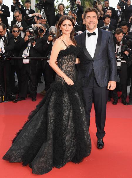 Javier Bardem Presenta Todos Saben En Cannes Con Un Look De Alto Impacto 2