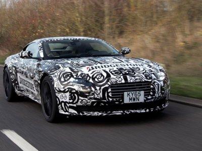 Bajo este camuflaje se esconde el nuevo Aston Martin DB11