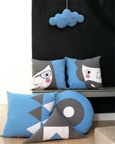 Adorable colección WellWelcome de cojines de diseño de Paparajote Factory