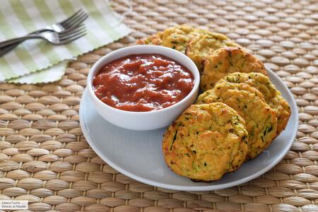 Tortitas o medallones de calabacín al horno: receta saludable que gustará incluso a quienes detesten la verdura